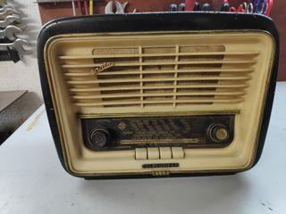 radio antigua madera