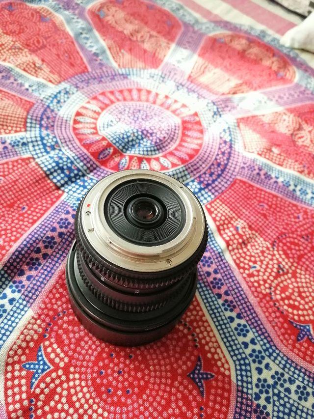 objetivo gran angular ojo de pez Samyang 8 mm