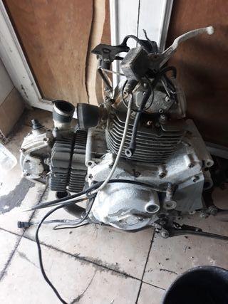 motor Ducati monster 600cc