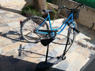 bicicleta antigua + patinete electrico