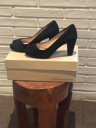 97db1ff4 Zapatos de tacón medio de segunda mano en Barcelona en WALLAPOP