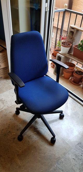 Silla azul oficina / despacho