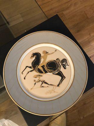 Plato colección Dalí.