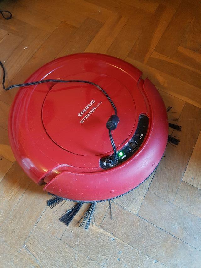 Robot Aspirador Taurus striker mini