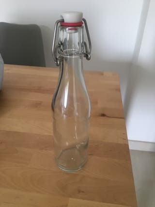 Botellas pequeñas vidrio