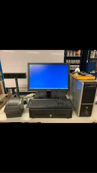 Ordenador con accesorios y caja rejistradora