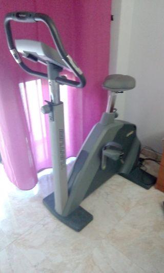 Bicicleta estatica Tunturi e60. Esta en Cadiz,.