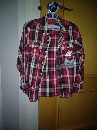 7b6ba84a1 Camisas para niños de segunda mano en Zaragoza en WALLAPOP