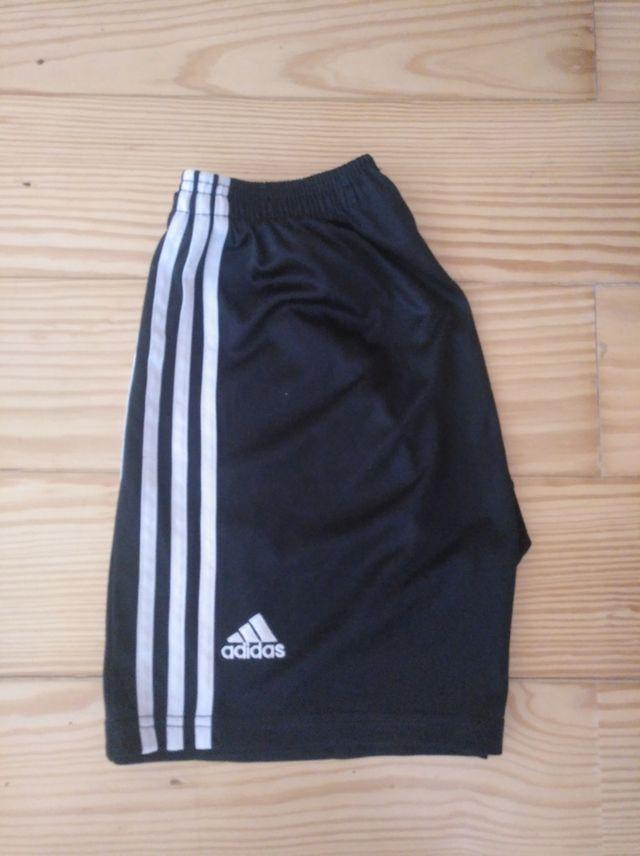 Adidas Pantalones Cortos De Segunda Mano Por 20 En Galapagar En Wallapop