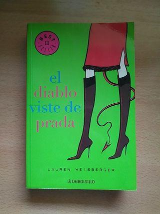 """Libro """"El diablo viste de Prada"""""""