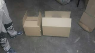 cajas de cartón nuevas. 300und