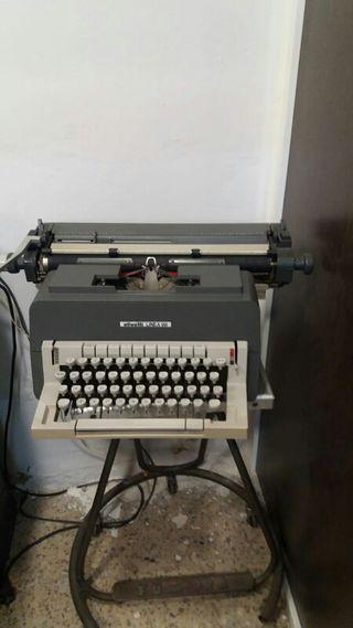 Màquina escribir Olivetti 98