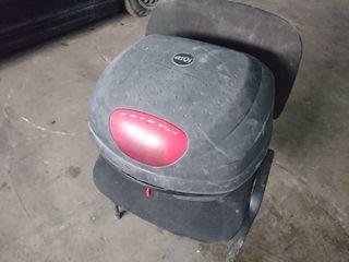 Maleta/baúl de moto GIVI 33L