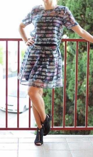 Conjunto mujer HM falda transparente azul rayas