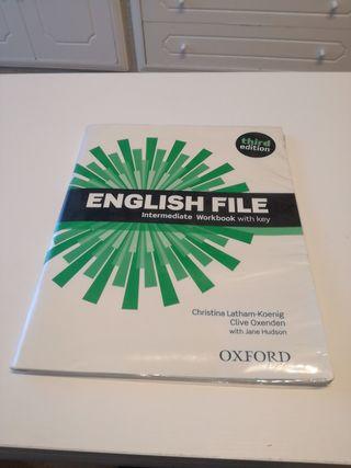 English file NUEVO intermediate WORKBOOK NUEVO
