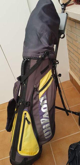los palos del golf.