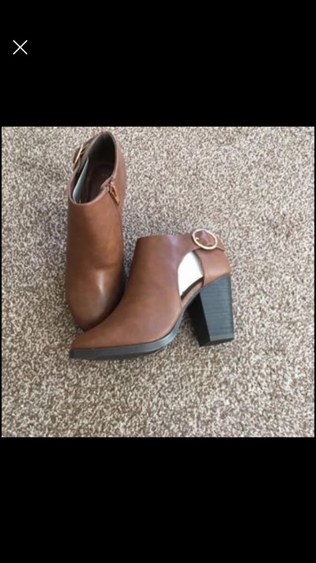 Block heel Ankle boots size 3