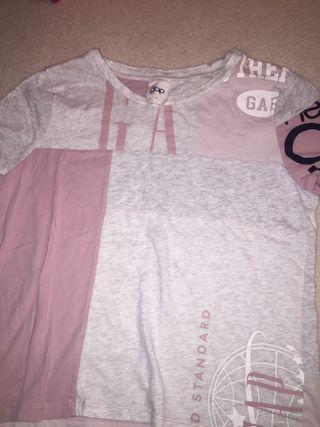 Pink and grey Gap t shirt