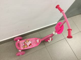 Patinete 3 ruedas Hello Kitty