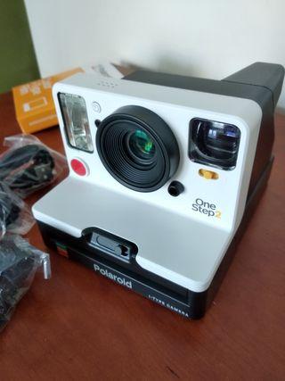 0818753d0c Cámara de fotos Polaroid de segunda mano en Zaragoza en WALLAPOP