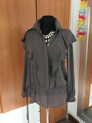 Blusa Zara con etiqueta