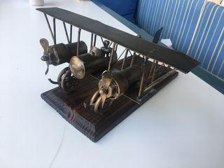 Adorno Avión