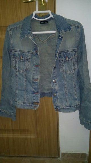 chaqueta 8€