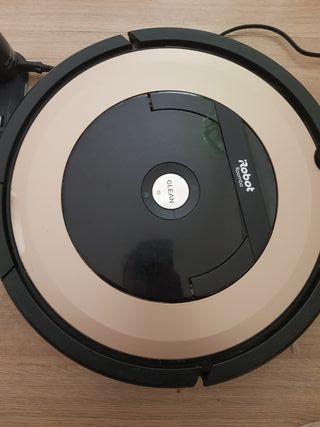 Robot Roomba 895