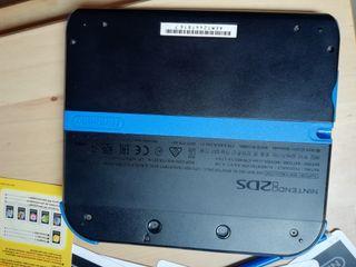 Nintendo 2DS negra y azul. Acepto intercambios