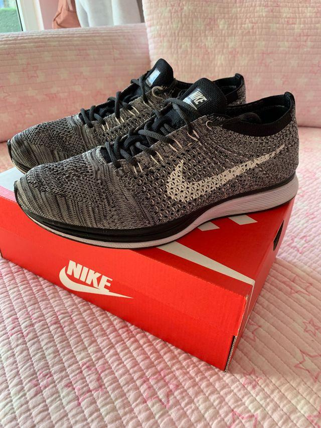 Por favor río Alegaciones  Nike flyknit racer