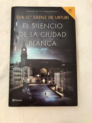 Libro El Silencio de la Ciudad Blanca