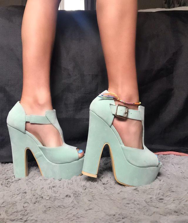 Mint green suede heels size 4