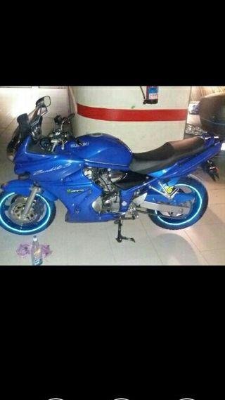 Suzuki bandint 600cc