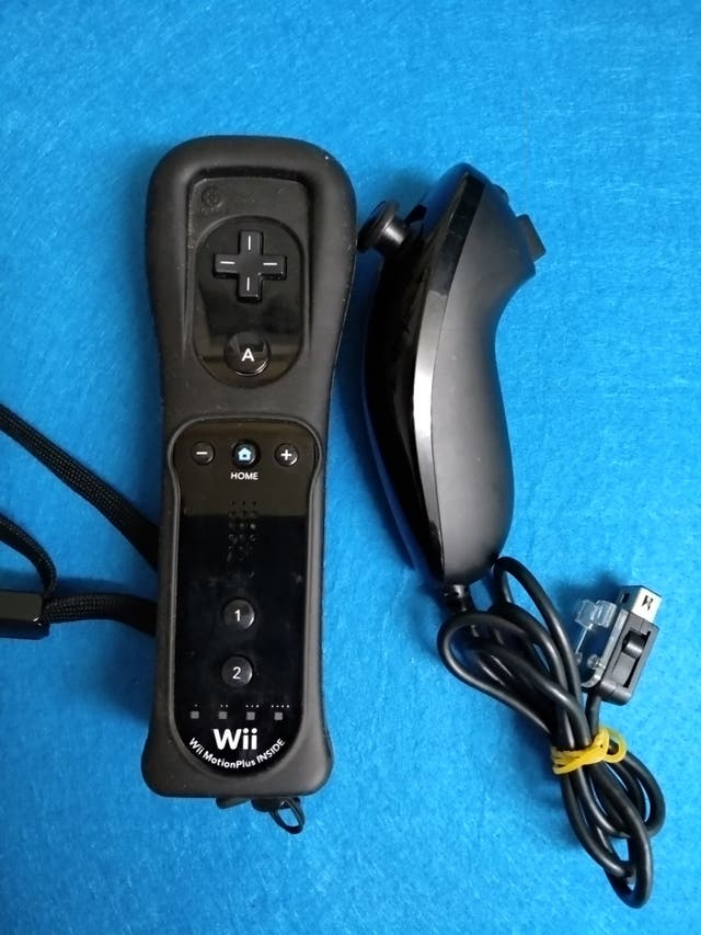 Wiimote con MotionPlus + Nunchuk