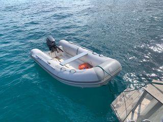 Zodiac con motor fueraborda outborder 15 cv/hp