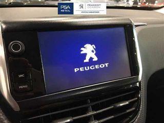 Peugeot 2008 1.2 PureTech SANDS Style 60 kW (82 CV)