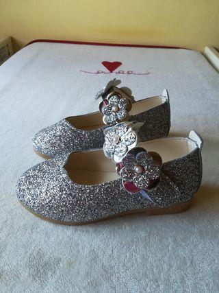 Zapatos niña plata purpurina