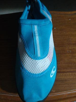 Zapatillas acuaticas (escarpines)