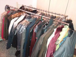 restos de tienda. chaquetas nuevas FORECAST