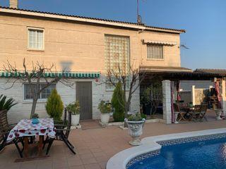 Chalet a 4 Vientos, con piscina, garaje.Ref.602