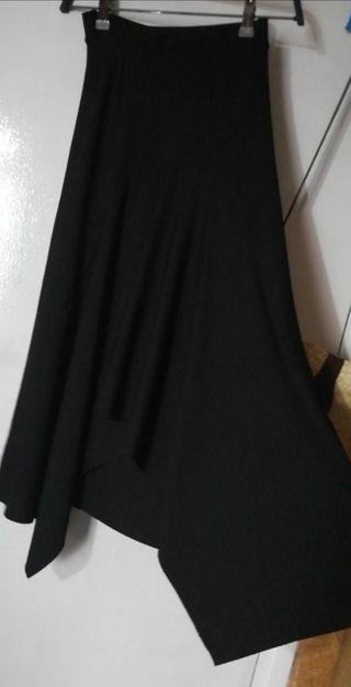 c6640a365 Falda flamenca negra de segunda mano en Barcelona en WALLAPOP