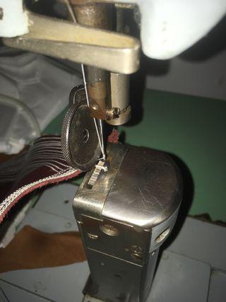 Vendo Máquina de coser industrial ADLER
