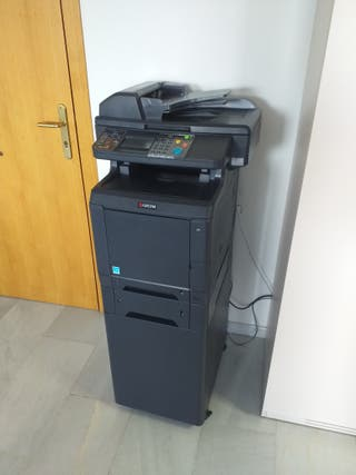 NEGOCIABLE Impresora Multifuncion Taskalfa 266ci