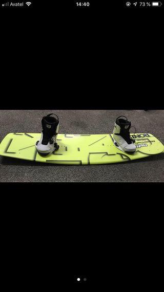 Tabla wakeboard Ronix 46 mas botas