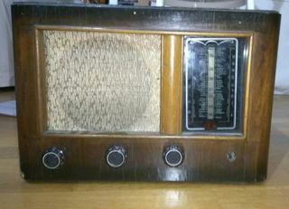 Radio Antigua Válvulas Pedro Aznarez años 40 - 50