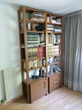 librería madera de roble