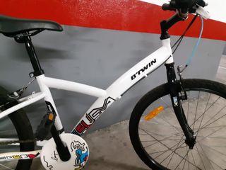Btwin bici de montaña para chica (talla media)