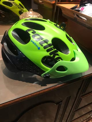 Casco mountain bike CATLIKE