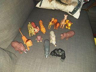 animales plastico jungla