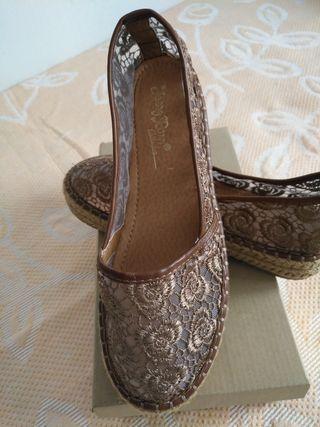zapatillas caladas Marón